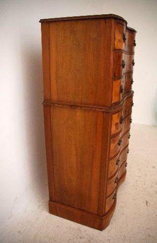 Antike Nussbaum Kommode - Tallboy