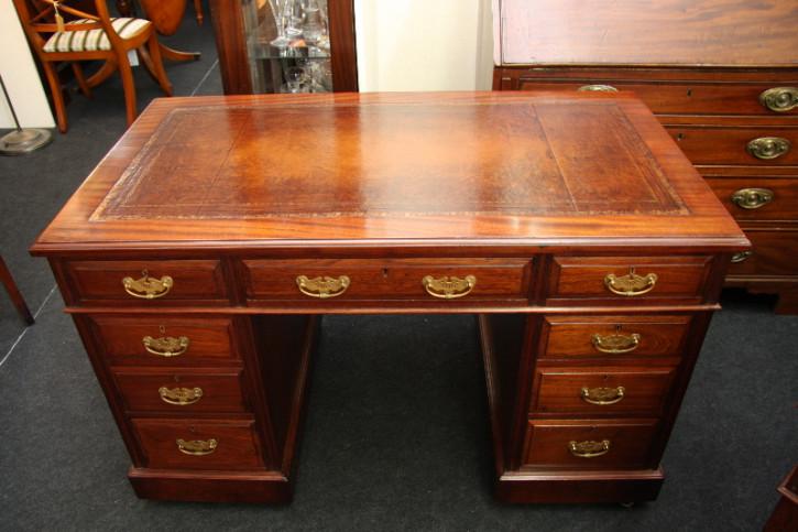 Victorianischer Schreibtisch
