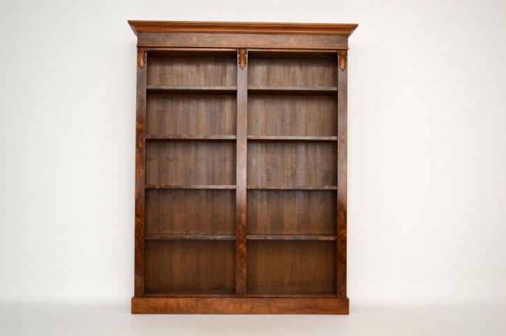 Antiker Nussbaum Offener Bücherregal