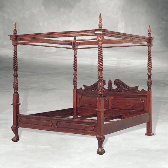 Antikes Bett Himmelbett aus Holz Bettgestell
