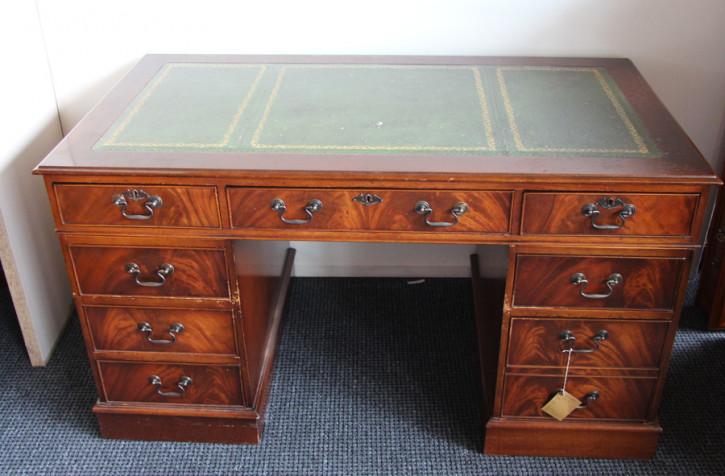 Schreibtisch handpoliert Prägeleder 9 schubladen