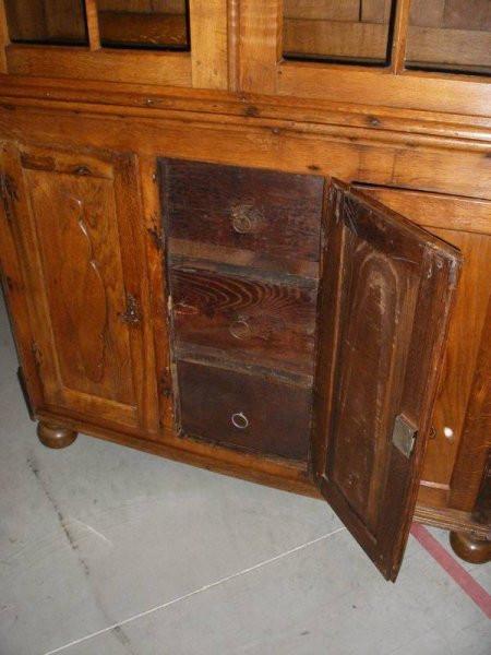 vitrine oder k chenschrank antik. Black Bedroom Furniture Sets. Home Design Ideas