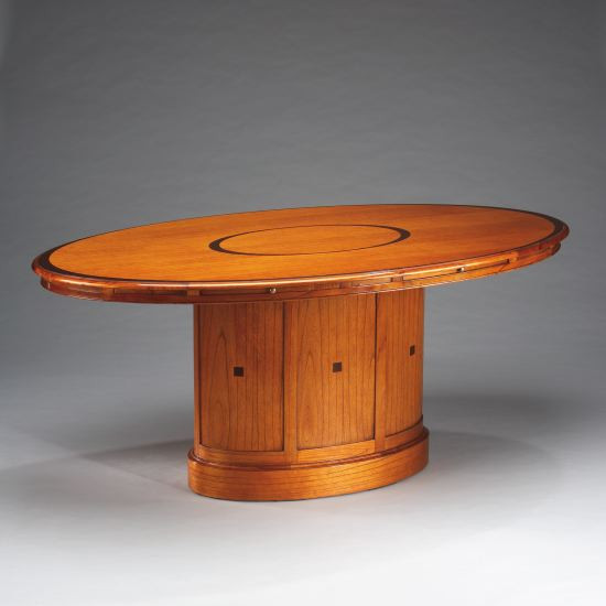 Schreibtisch - Oval Dining Table For 4