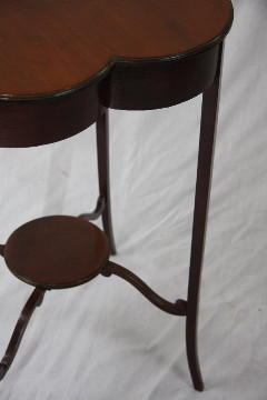 Kleeblatt-Tisch Victorian