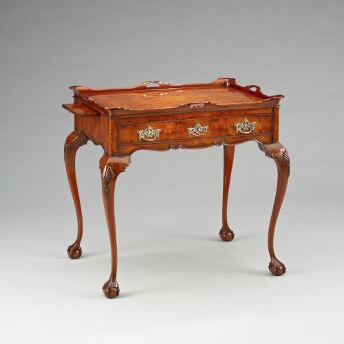 Kleiner Tisch - Tea Table With Tray Burl