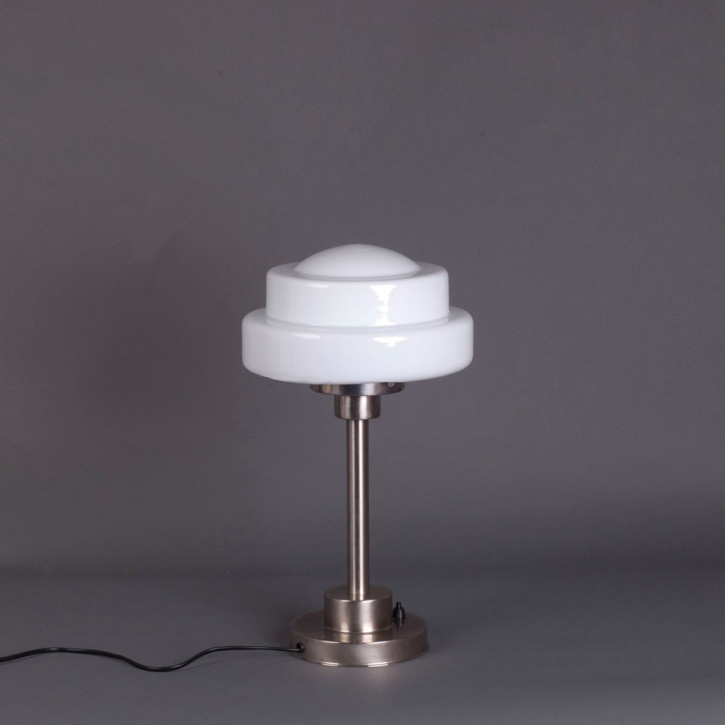 Tischlampe Semi-Round Stepped Globe Armatur Kantig  in Nickel Matt