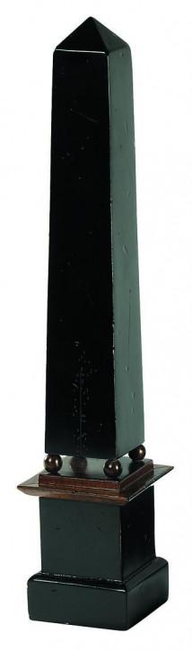 Obelisk, medium