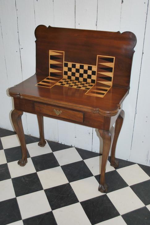 Georgianischer Mahagoni Spieltisch 1800  top erhalten