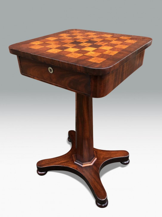 Frühviktorianischer Mahagoni Spieltisch Massivholz Original