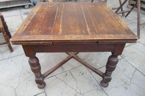Antiker Esstisch aus Eichenholz von ca. 1920
