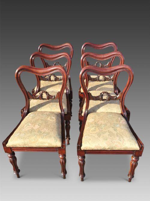 Satz von 6 Esszimmerstühlen aus Mahagoni von ca. 1850