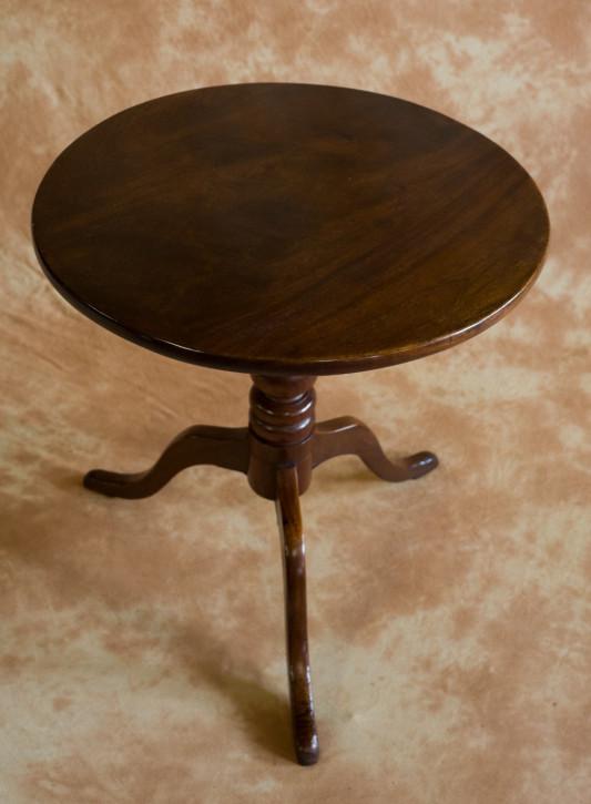 Kleiner George III. Mahagoni Stativ-Tisch von ca. 1800