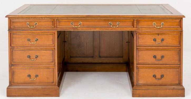 Getäfelter Schreibtisch aus Eichenholz von ca. 1920