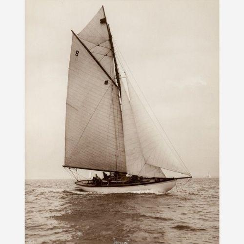 Früher fotografischer Druck von Beken von Cowes - Yacht Spica von ca. 1930