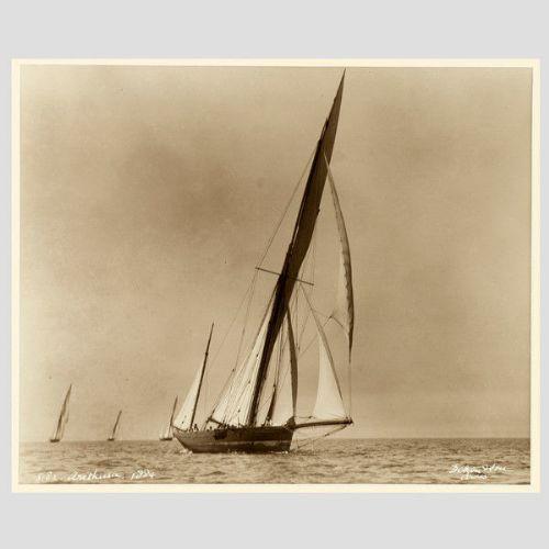 Yacht Arethusa, frühe silber Fotografie von Beken von Cowes, 1884