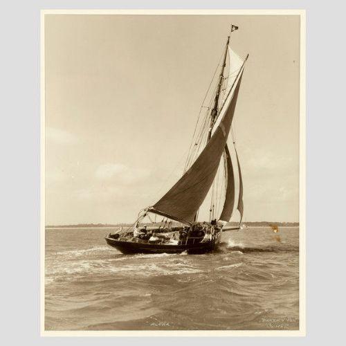 Yacht Alpha, früher Silberner Fotodruck von Beken von Cowes, 1890
