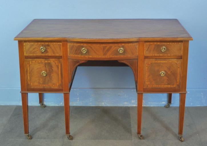 Schöner Großer edwardian Mahagoni Schreibtisch von ca. 1900