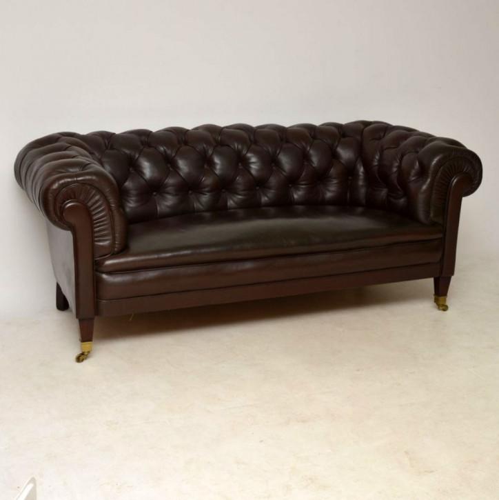 Antikes schwedisches Leder-Chesterfield Sofa von ca. 1910