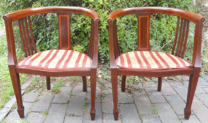 Ein Paar Edwardianische Intarsien Mahagoni Stühlen mit Armlehnen von ca. 1900