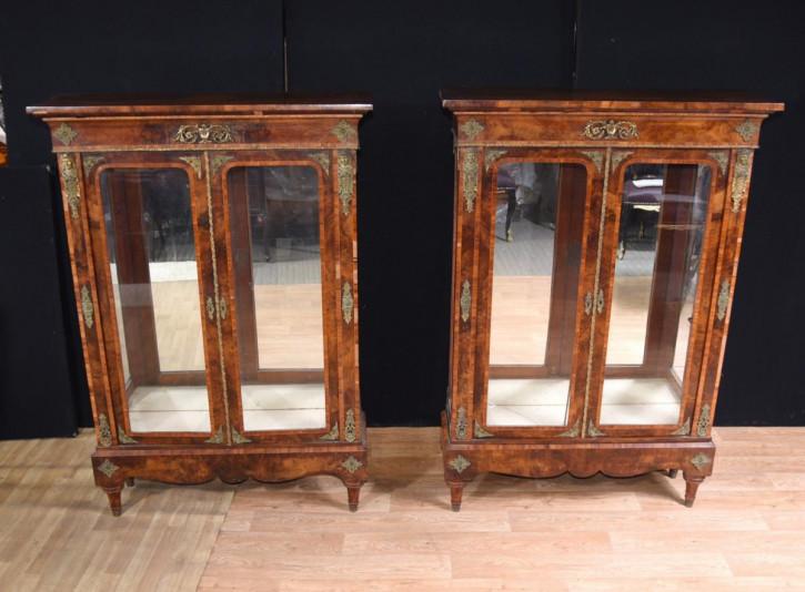 Paar antike englische Wurzelnuss viktorianischen Pier Vitrinen  (ca. 1890)