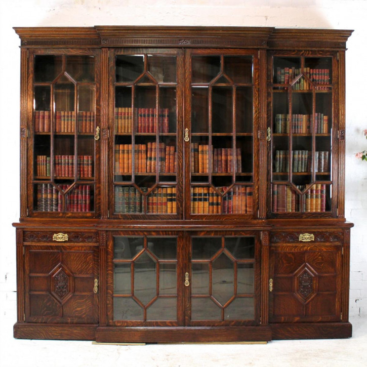 Großes viktorianisches Eichen Breakfront Bücherregal aus dem 19.JH