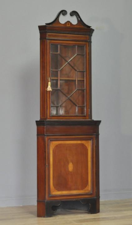 Hohe original viktorianische Mahagoni Vitrine Massivholz Eckschrank 1850
