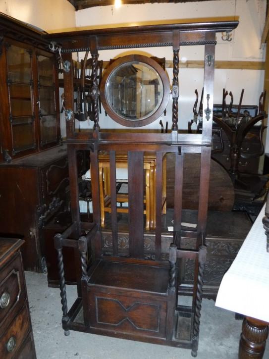 Original antike englische Garderobe Truhe Eiche massiv 1910