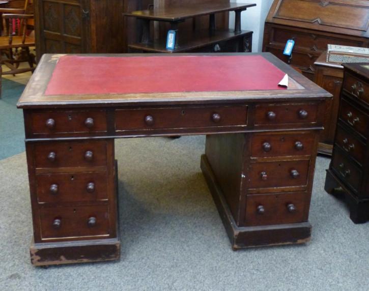 Original Englischer Antiker Viktorianischer Pedestal Schreibtisch aus massivem Mahagoni aus der 2. Hälfte des 19.JH