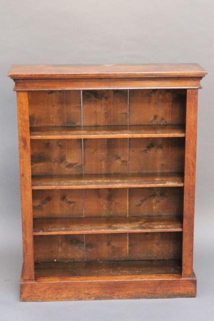 Antikes Originales Englisches Bücherregal aus Nussbaum Massivholz mit drei Regalen aus dem 19.JH