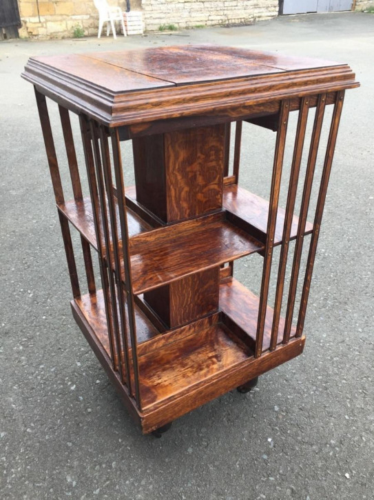 Original Englisches Antikes Arts and crafts drehbares Bücherregal revolving bookcase aus Massivholz von ca. 1900