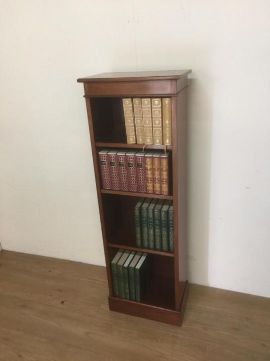 Antikes Original Englisches Schlankes Bücherregale aus massivem Nussbaumholz 1850