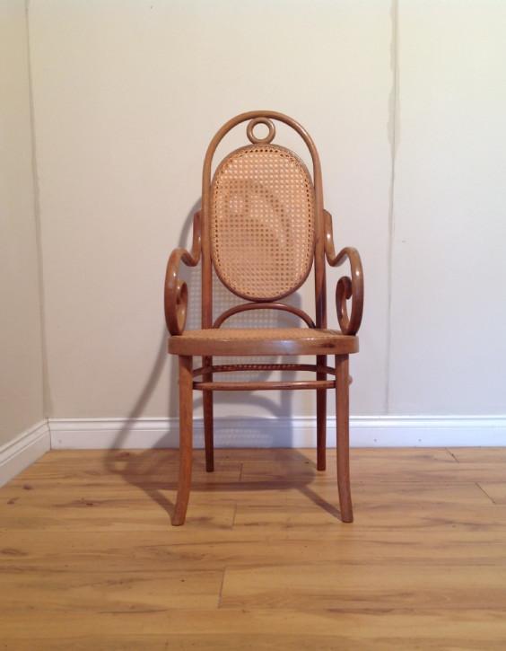 Antiker Englischer Armstuhl Stuhl Bugholz mit Sitz und Rücken aus Cane von ca. 1930