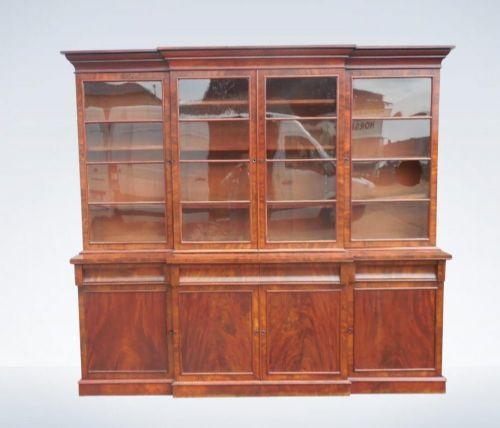 Antikes Original Regency Mahagoni Breakfront Bibliotheks Bücherregal aus dem frühen 19.JH