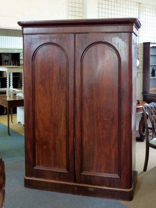 Original antiker viktorianischer Mahagoni Kleiderschrank englisch 1850