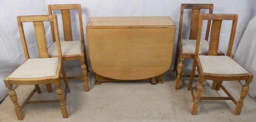 Original Antiker Englischer Eichen Esstisch mit passenden Stühlen ca. 1920