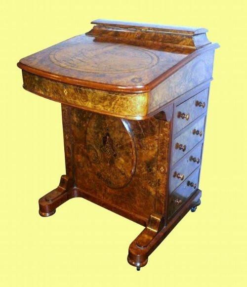 Edlerantiker viktorianischer Davenport Schreibtisch Nussbaum englisch 1850