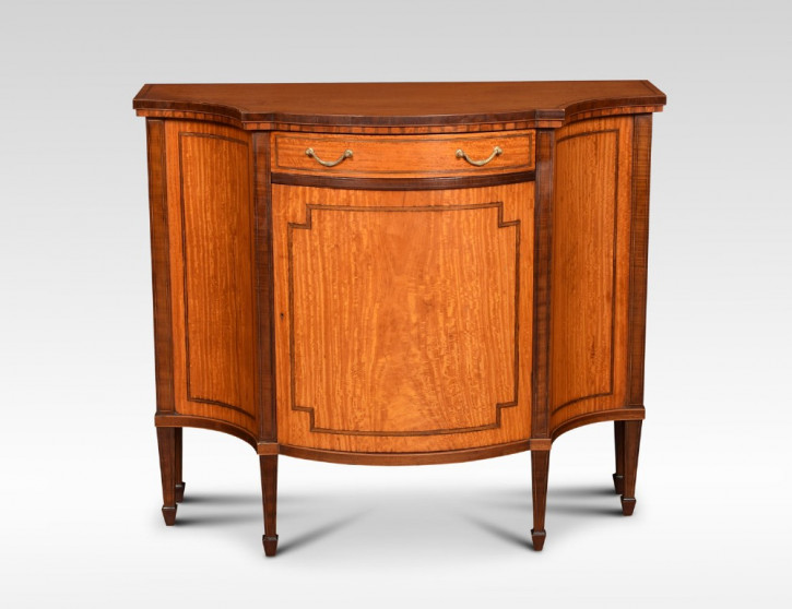 Attraktives Antikes Englisches Satinholz Sheraton revival Sideboard ca. 1890