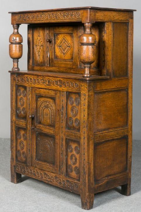 Kleiner original antiker Wohnzimmerschrank Eiche Cocktailschrank englisch ca 1920