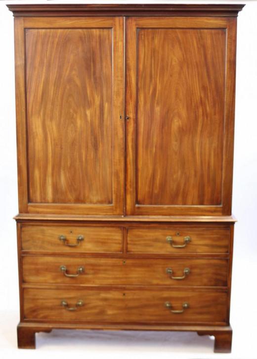 Hervorragenderantiker georgianischer Mahagoni Kleiderschrank englisch ca 1770
