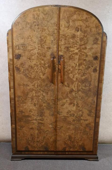 Großatigerantiker englischer Nussbaum Kleiderschrank ca 1920