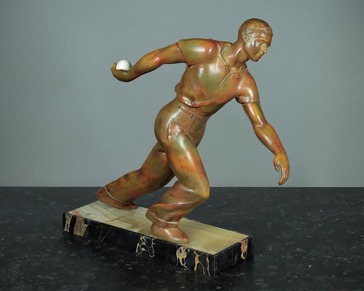 Französische Antike Art-Deco Figur Boule Spielers ca. 1930