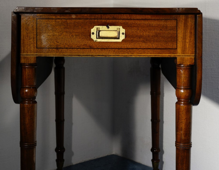 Antiker Englischer Mahagoni Pembroke Esstisch ca. 1800
