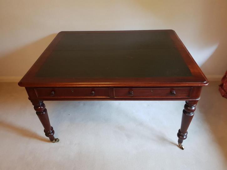 Viktorianischer Englischer Antiker Mahagoni Partner Schreibtisch ca. 1860