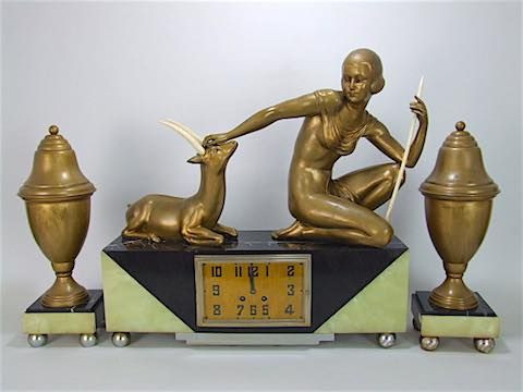 """Französische antike Art Deco Uhr Marmor Onyx mit Bronzefigur """"Frau und Bock"""" c1930"""
