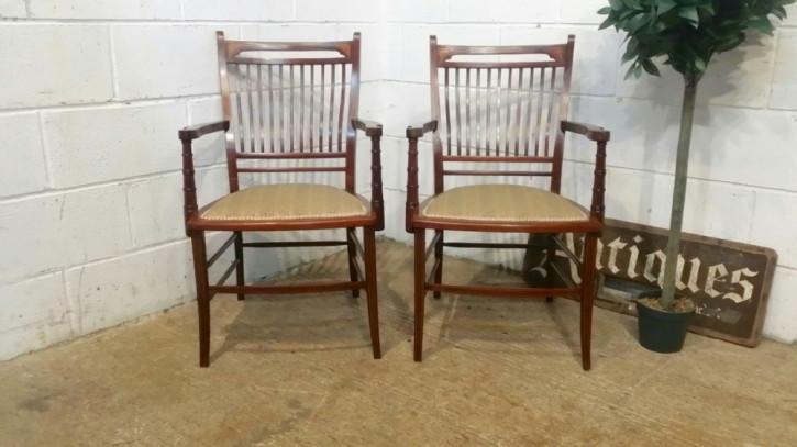 Englisches Edwardianisches Antikes Paar Mahagoni Stühle ca. 1900
