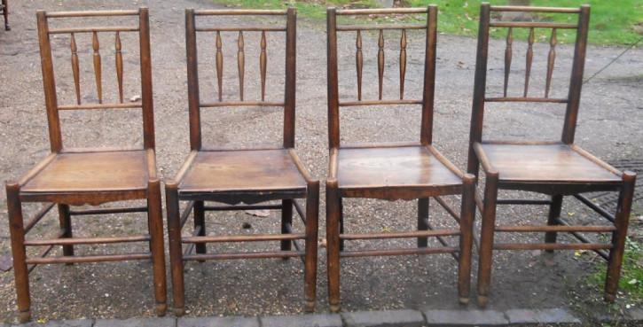 4 Viktorianische Antike Englische Ulmen Küchenstühle ca. 1850