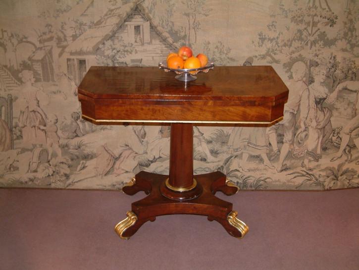 George III. Antiker Englischer Mahagoni Spieltisch ca. 1800