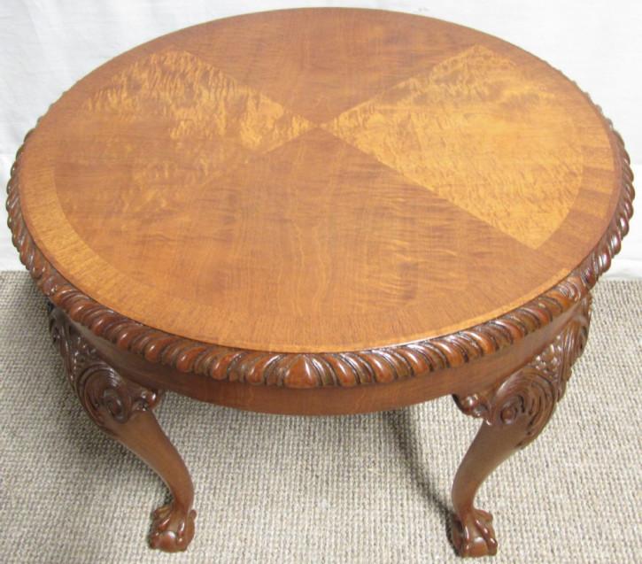 Englischer Antiker satinierter Nussbaum Kleintisch ca. 1920