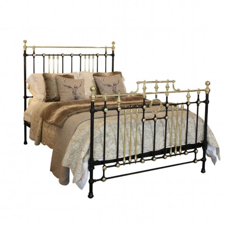 Antikes Englisches Eisen und Messing Bett ca. 1890