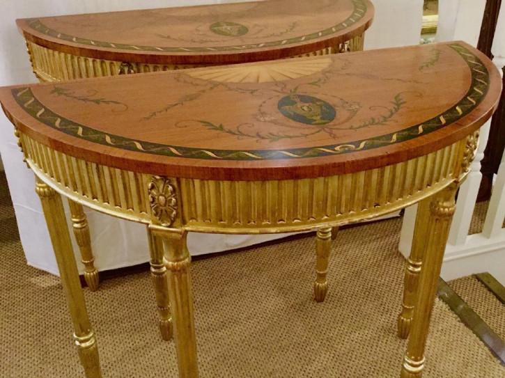 Antike englische Satinholz Konsolentische Beistelltische vergoldet ca 1920